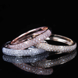 | REF : WB7009 | PAVE DIAMOND BAND