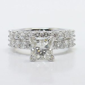 | REF : BR108 | Diamond Ring