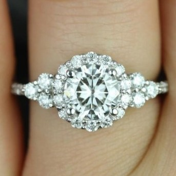   REF : HA3004   1.92ct Diamond Ring