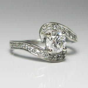   REF : HA3042   Diamond Ring