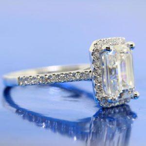   REF : HA3074   Diamond Ring
