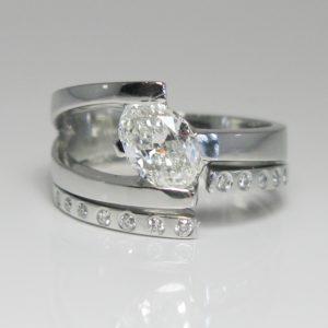| REF : BR103 | Diamond Ring