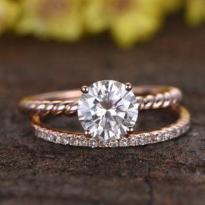 | REF : BR110 | Diamond Ring