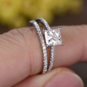 | REF : BR112 | Diamond Ring