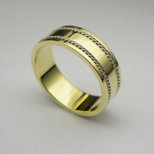  REF : M4002   Diamond Ring
