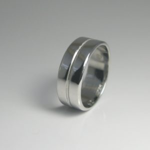   REF : M4008   Diamond Ring