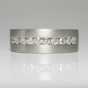   REF : M4003   Diamond Ring
