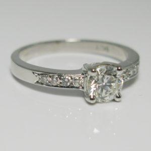   REF : SA1037   Diamond Ring