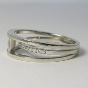 | REF : SB5008 | Diamond Ring