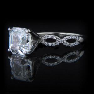   REF : SA1008   ASSCHER DIAMOND RING