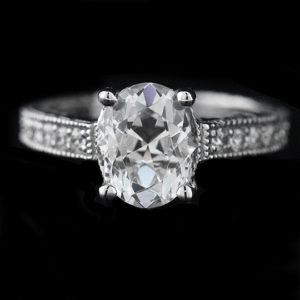   REF : SA1010   OVAL DIAMOND RING
