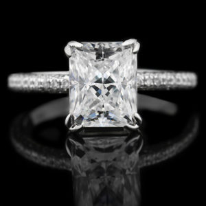   REF : SA1014   RADIANT CUT DIAMOND RING