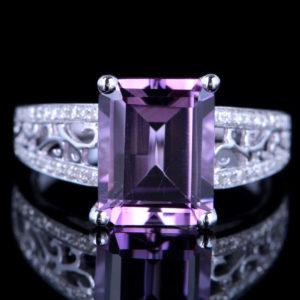   REF : GEM6008   AMETHYST & DIAMOND RING